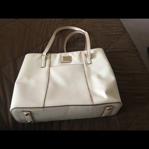 Dooney & Bourke medium size purse.